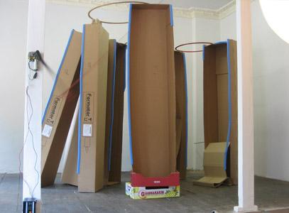 Reinhold Gottwald Installation/ Kartons, Reifen, Mixed Media